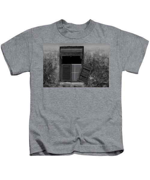 Crumblling Window Kids T-Shirt