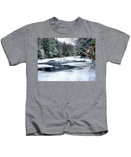 Cucumber Run In Winter Kids T-Shirt