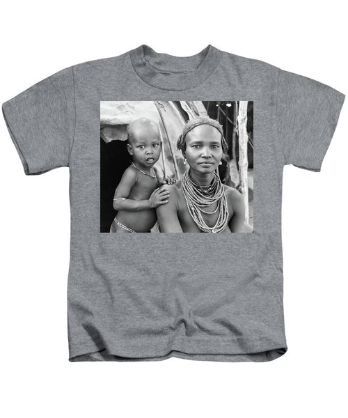 Dassanech Mother And Baby 2 Kids T-Shirt