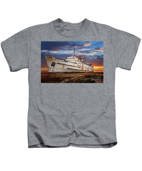Duke Of Lancaster Ship Kids T-Shirt
