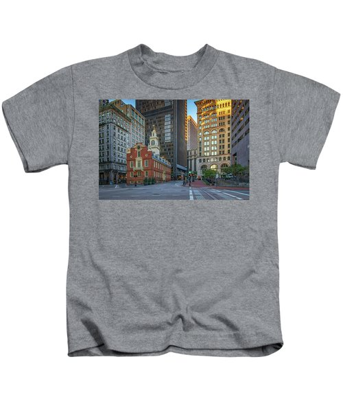 Early Morning At The Old Statehouse Kids T-Shirt