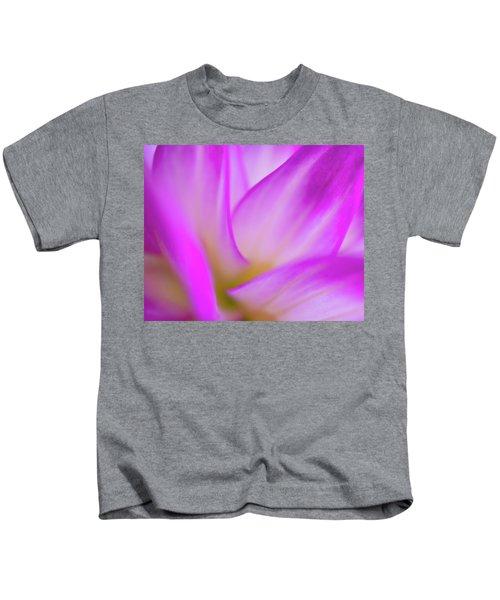 Flower Close Up Kids T-Shirt