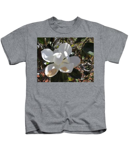 Gigantic White Magnolia Blossoms Blowing In The Wind Kids T-Shirt
