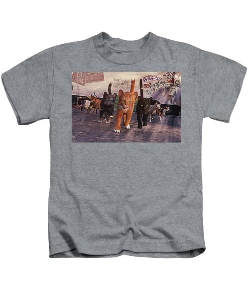 March Of The Mau Kids T-Shirt
