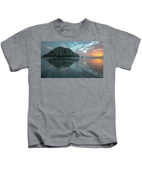 Morro Rock Sunset Kids T-Shirt