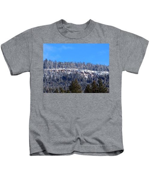 Oyama Cliffs Kids T-Shirt