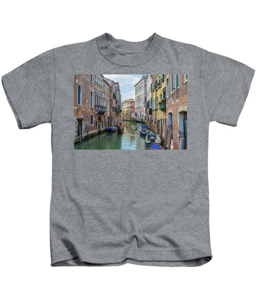 Gondolier On Canal Venice Italy Kids T-Shirt