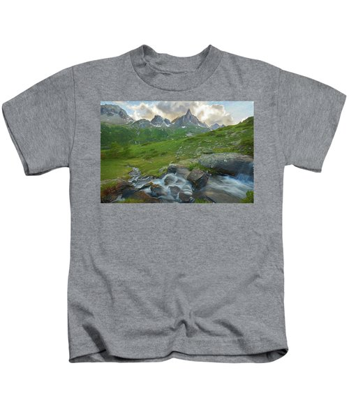 Range In The Claree Valley II Kids T-Shirt