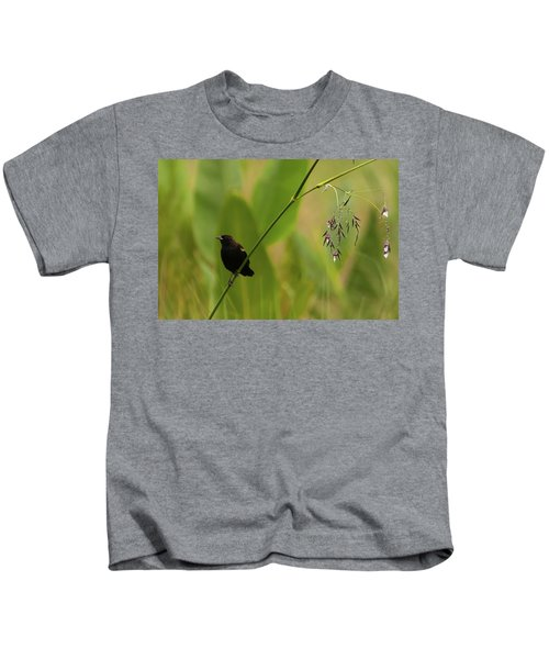Red-winged Blackbird On Alligator Flag Kids T-Shirt