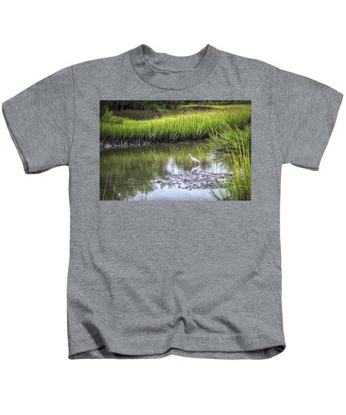 Roseate Spoonbill - Feeding Kids T-Shirt