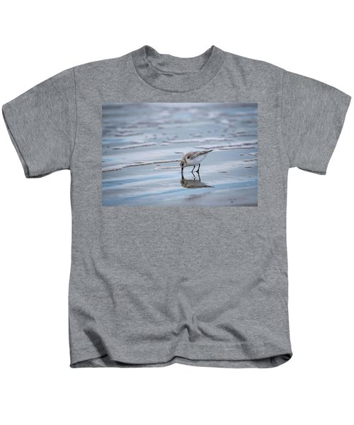 Sanderling Foraging Kids T-Shirt