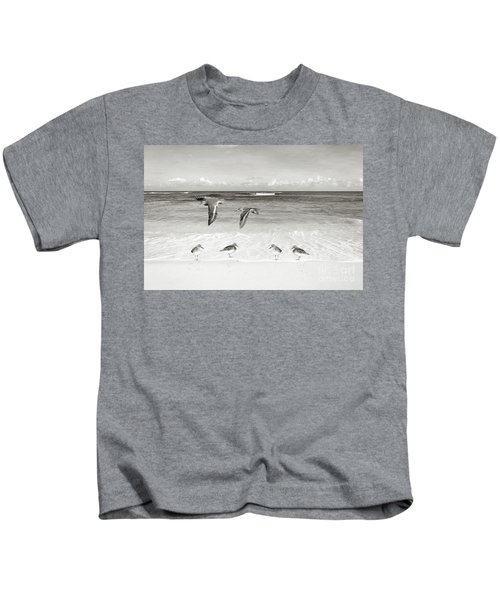 Sandpiper Party Bw Kids T-Shirt