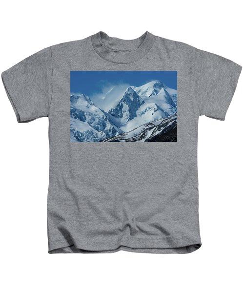 Summer Winds In Mount Cook National Park Kids T-Shirt