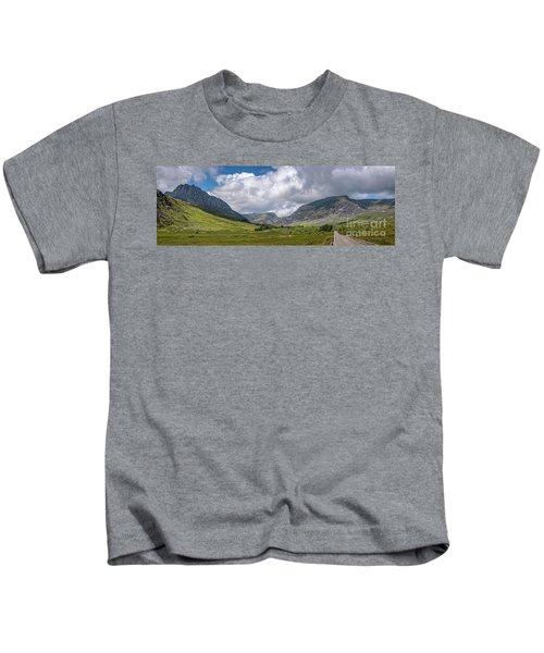 Tryfan Mountain East Face Wales Kids T-Shirt