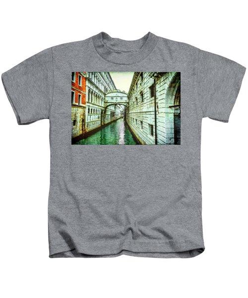 Venice Bridge Of Sighs Kids T-Shirt