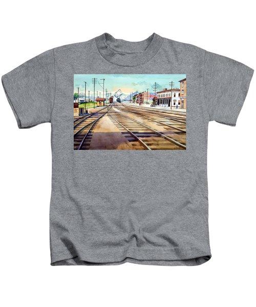 Vintage Color Columbia Rail Yards Kids T-Shirt
