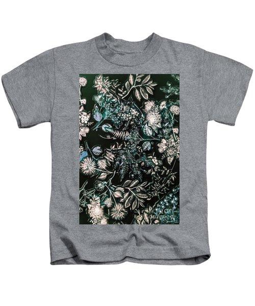 Wild Decorations Kids T-Shirt
