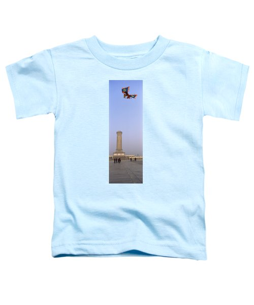 Tourists In Front Of A Monument Toddler T-Shirt