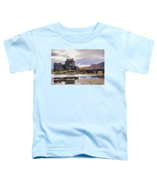 Eilean Donan Castle, Dornie, Kyle Of Lochalsh, Isle Of Skye, Scotland, Uk Toddler T-Shirt