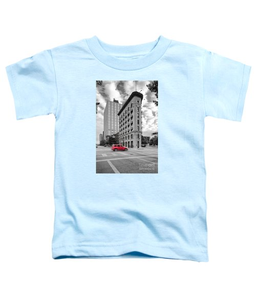 Black And White Photograph Of The Flatiron Building In Downtown Fort Worth - Texas Toddler T-Shirt