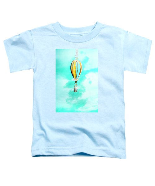 Hot Air Balloon Pendant Over Cloudy Background Toddler T-Shirt