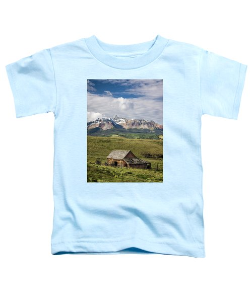Old Barn And Wilson Peak Vertical Toddler T-Shirt