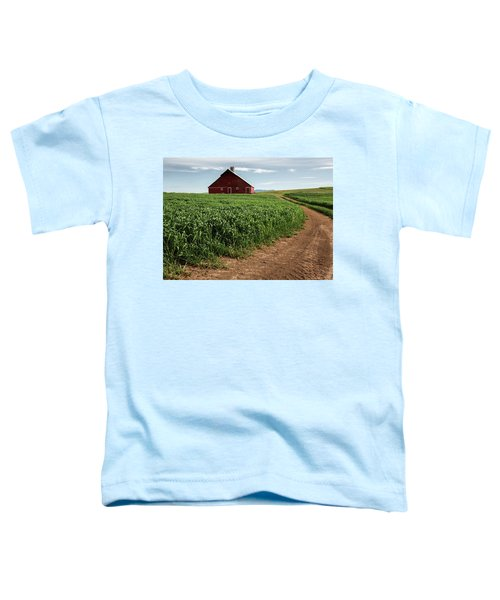 Red Barn In Green Field Toddler T-Shirt