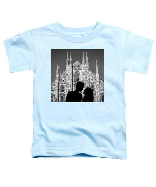 Silhouette Of Young Couple Kissing In Front Of Milan's Duomo Cathedral Toddler T-Shirt