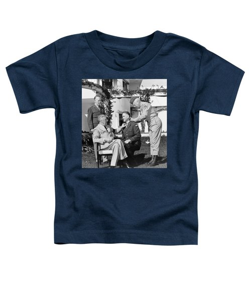 Fdr Presenting Medal Of Honor To William Wilbur Toddler T-Shirt