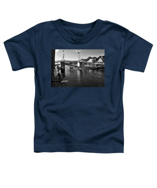 Heading To Sea - Perkins Cove - Maine Toddler T-Shirt