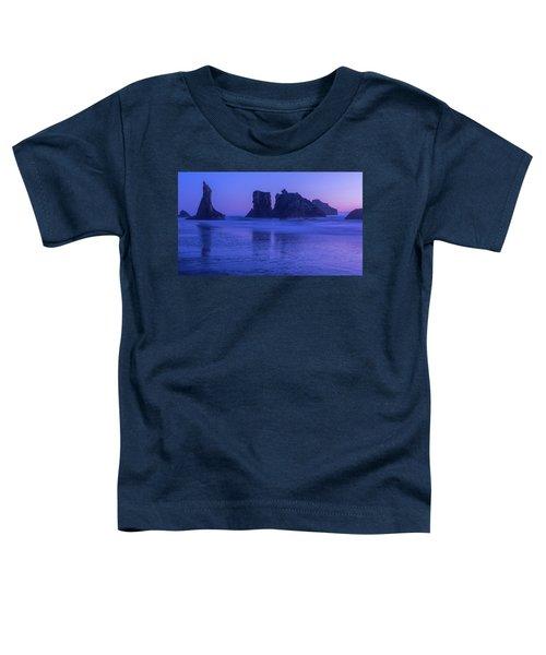 Seastack Sunset In Bandon Toddler T-Shirt
