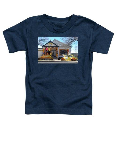 Vintage Vw Beetle At Seligman Antiques, Historic Route 66 Toddler T-Shirt