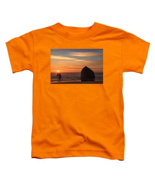 Haystack Rock Ocean Sunset, Cannon Beach, Oregon Toddler T-Shirt