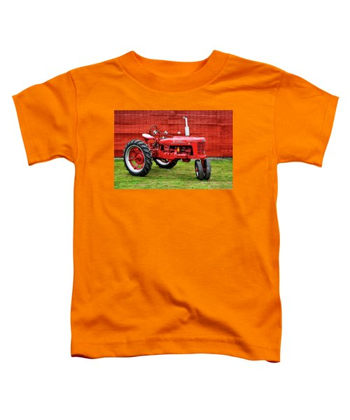 Vintage Farmall Tractor With Barnwood Toddler T-Shirt