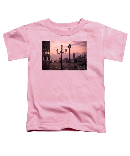 Lamppost Of Venice Toddler T-Shirt