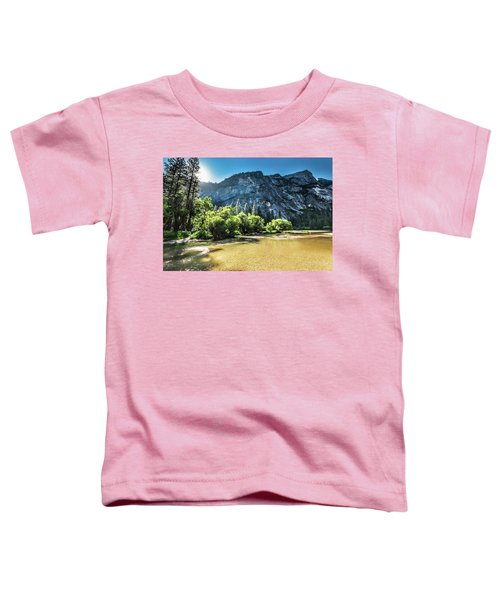 Eve Approaches- Toddler T-Shirt