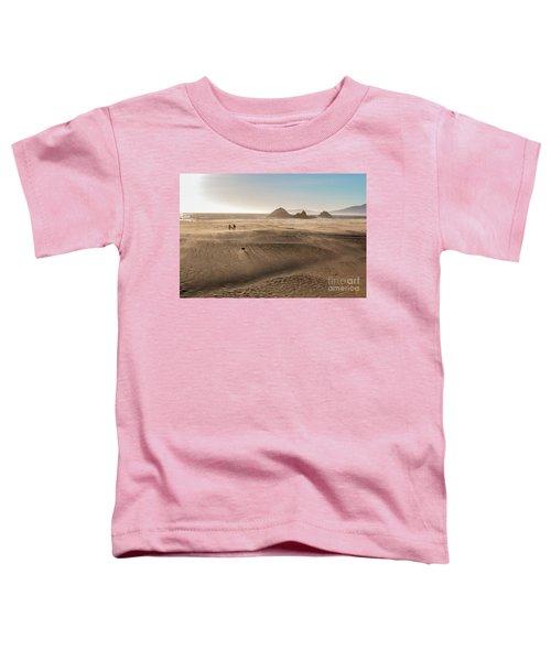 Family Walking On Sand Towards Ocean Toddler T-Shirt