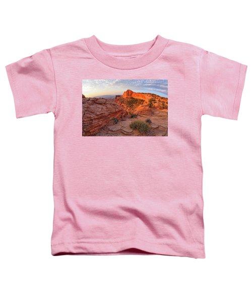 Mesa Arch Overlook At Dawn Toddler T-Shirt