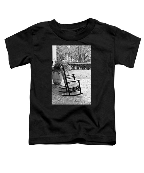 Front Porch Rockers - Bw Toddler T-Shirt