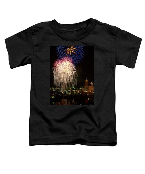 21l106 Red White And Boom Fireworks Photo Toddler T-Shirt