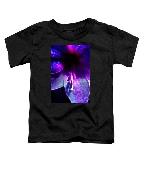 Amaryllis Macro Frac Toddler T-Shirt