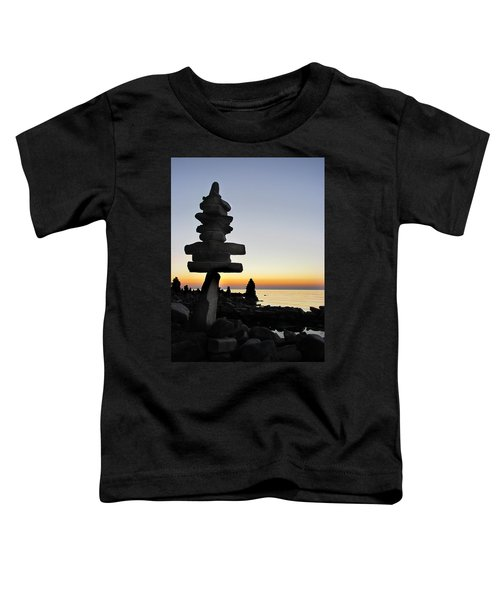 Cairns At Sunset At Door Bluff Headlands Toddler T-Shirt