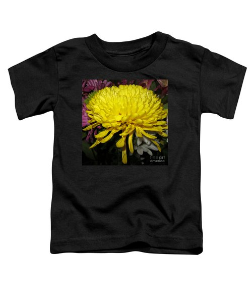 Yellow Queen. Beautiful Flowers Collection For Home Toddler T-Shirt
