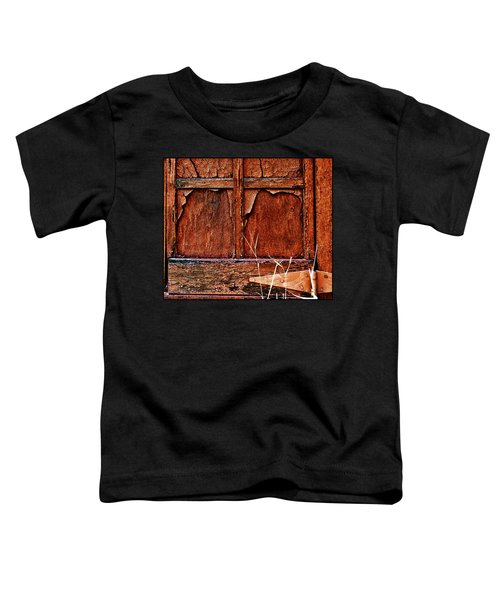 Toddler T-Shirt featuring the photograph Weathered by Susan Kinney