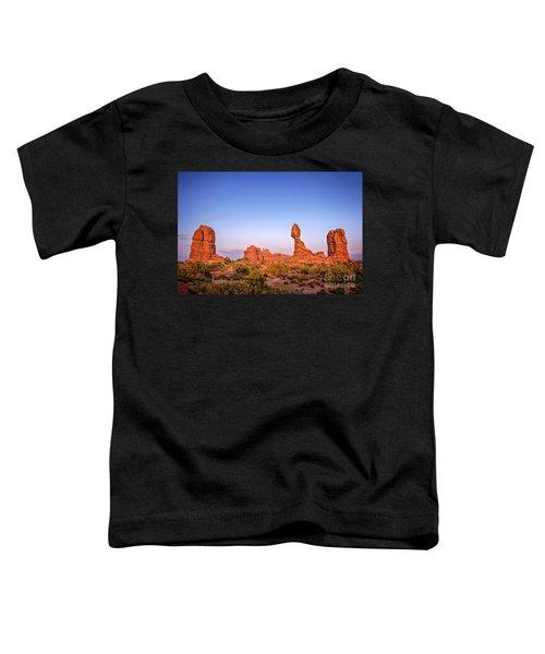 Balanced Rock, Arches National Park Toddler T-Shirt