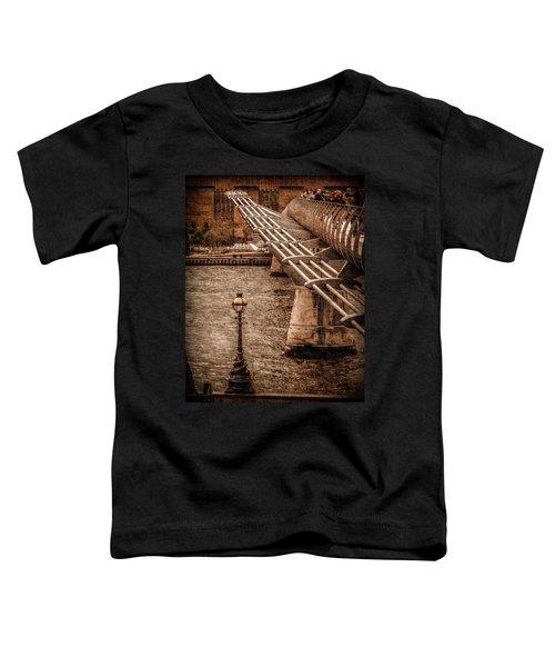 London, England - Millennium Bridge Toddler T-Shirt