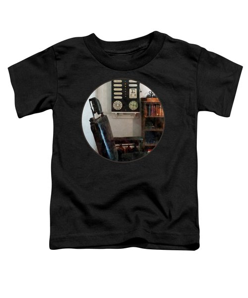 Optometrist - Eye Doctor's Office With Eye Chart Toddler T-Shirt