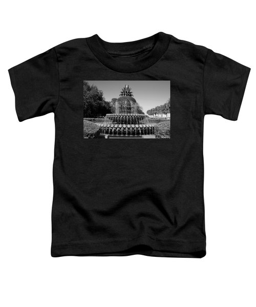 Pineapple Fountain Charleston Sc Black And White Toddler T-Shirt