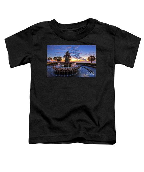 The Pineapple Fountain At Sunrise In Charleston, South Carolina, Usa Toddler T-Shirt