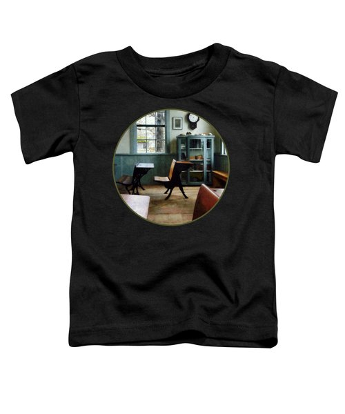 Teacher - One Room Schoolhouse With Clock Toddler T-Shirt